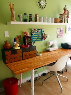 Love this beautiful craft table!