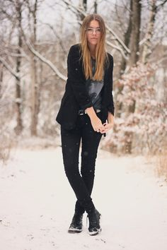 "Olivia of ""Wolf Hearts"" wears UO's black blazer and Doc Martens as part of her winter look #urbanoutfitters"