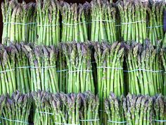 #Asparagus is nutrient rich, low in #calories and a good source of dietary #fiber