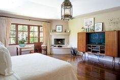 Photos: Reese Witherspoon's Brentwood estate (great light fixtures in this house)
