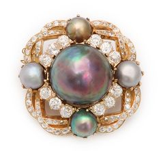 Victorian natural pearl and diamond cluster brooch, set in gold. English, ca. 1890  1 inch square