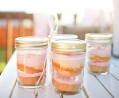Mason Jar Cupcake how to. Perfect for picnic