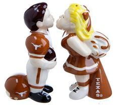 Kissing Salt and Pepper Set