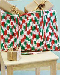 This Christmas Crochet Tote Bag is the perfect craft project for the holiday season and roomy enough to store all the essentials. This crochet bag is festive and fun to make.