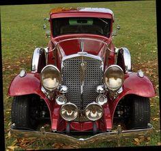 1931 Studebaker in full regalia