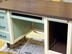 Trash to Treasure Decorating: Retro Desk Transformation - Before and After
