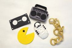 Fondant Cupcake Toppers 80's -12 qty Boombox, Pac Man, Gold Chain, Cassette Tape for 80 s party, Hip hop party, 30th Birthday