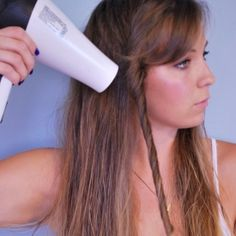 Get pretty waves easily with a blow dryer!