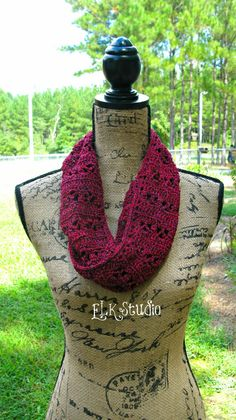 Just to be Cute Free Crochet Scarf by ELK Studio