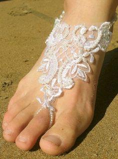 beach wedding shoes jewelry foot