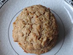 Whole Wheat Peanut Butter Oatmeal with Agave & Flax Cookies... making these right now to satisfy my sweet tooth, and the batter looks (and tastes) amazing!