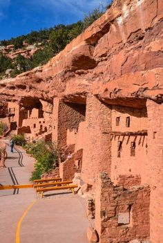 Manitou Cliff Dwellings, Colorado Springs - Constructed more than 700 years ago, they're one of the United States' most unusual archaeological wonders  #travel #usa #colorado #manitoucliffdwellings