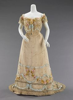 1902 ball gown