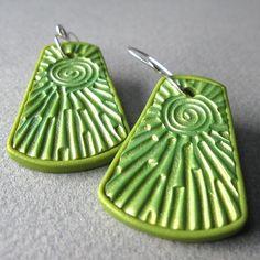 Green Sun Ray Earrings of polymer clay by Roberta Wa