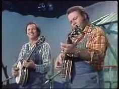 Roy Clark Buck Trent Dueling Banjos. This is probably the best preformance playing the dueling banjos ever.