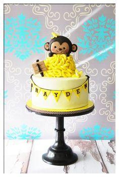 Monkey birthday cake #primpparty