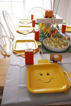 Platos para una fiesta Lego