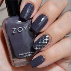 Hexagon glitter accent finger. #Nails