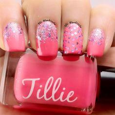 #pinknails