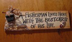 fishing cabin decor   ... HERE WITH BEST CATCH Fishing Net Sign Rustic Lodge Cabin Decor   eBay rustic fishing decor, fish cabin, lake houses, craft, fishing cabin decor, cabin decorations, cabins, fishing house decor, ebay