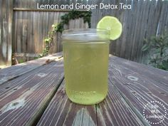 Lemon and Ginger Detox Tea - Reduce bloating, increase energy & improve digestion to flush toxins from your body!