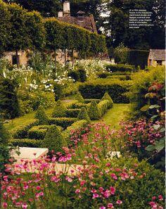 I love English gardens