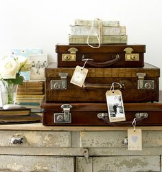 decorating with trunks & vintage luggage