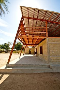 Youth Center in Niafourang, Ziguinchor, 2011 - Project Niafourang