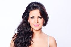 Bigg Boss 8: Natasa Stankovic eliminated  http://toi.in/aUA3bY