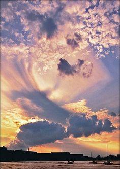 ✯ Amazing Skies