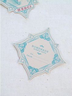 DIY Bridesmaid Gifts: Homemade Bubble Bath- Free Labels » Eat Drink Chic