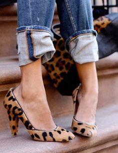 cuffed jeans + leopard heels