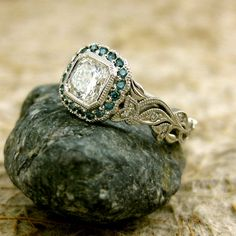 Vintage-Style Diamond Engagement Ring in Platinum with Teal Turquoise Blue Diamonds in Leafs on Vine Setting Size 5.5