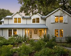Farmhouse Exterior Design, Pictures, Remodel, Decor and Ideas - page 8