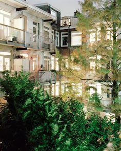 Amsterdam - Rear View project   photographer jordi huisman -