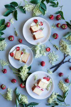 Strawberry elderflower cake
