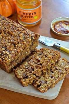 Gluten-free and Dairy-free Pumpkin Spice Energy Bars are perfect for a fall hike!    mountainmamacooks.com