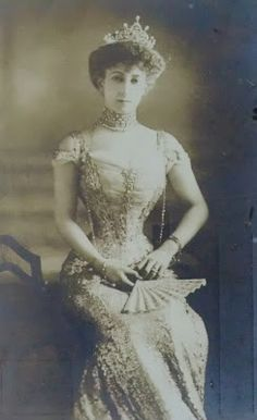 Queen Maud of Norway, consort to King Haakon VII. Daughter of King Edward VIII and Queen Alexandra of England