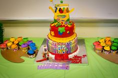 art party, cupcake stands, art parti, birthday parties, theme cakes, party cakes, art cakes, crayon party, birthday cakes