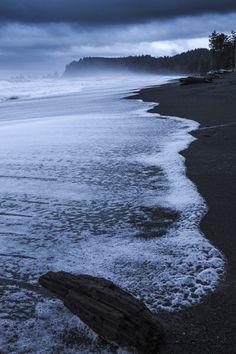 Washington State: LaPush on Washington State's coast.  i had forgotten how beautiful my home was.  i must take my ra-ra this summer