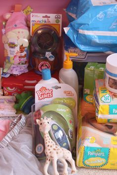 Baby Shower Basket: Mom Tested Baby Items That Every New Mom Needs.