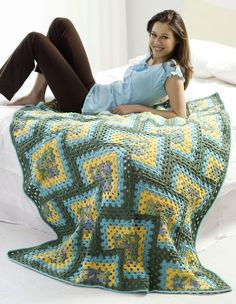Granny Square Afghan: free pattern