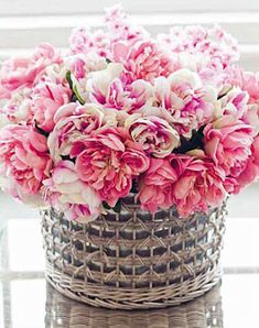 DIY:: 10 Simple To Create-  Lovely Flowers  + Baskets Decor Projects