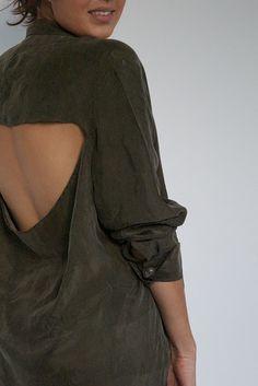 DIY - Cut Out Back Shirt