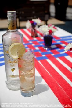Smirnoff Sorbet Light Lemon and ginger ale drink recipe with 1.5 oz Smirnoff Sorbet Light Lemon and 3 oz ginger ale. Combine ingredients in an ice-filled glass, garnish with a lemon wheel. #Smirnoff #drink #recipe #SmirnoffSorbet #Lemon #July4 #FourthofJuly