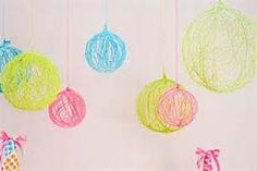 DIY project for teen girls! So cute and simple! Just blow up a balloon, cover it in glue, wrap colored string around it, spray paint it, and then pop the balloon!!!