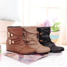 Fashionable Flat Ankle Boots For Women