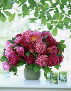 wonderful pink flowers from Carolyn Roehm book 'Flowers'.. looks great