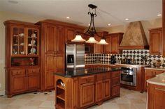 Googles billedresultat for http://www.shrevesconstruction.com/homes/images/Del-Monte-Manor-kitchen.jpg