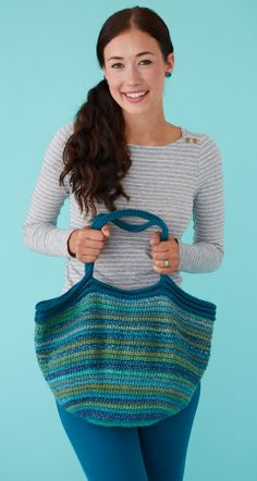 Peace-on-Earth Tote | crochet today